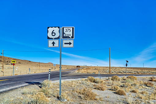 Electricity Pylon「Highway 375 also know as the Extraterrestrial Highway,Nevada,USA」:スマホ壁紙(13)