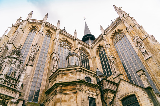 Praying「Church of Our Blessed Lady of the Sablon, Brussels, Belgium」:スマホ壁紙(9)