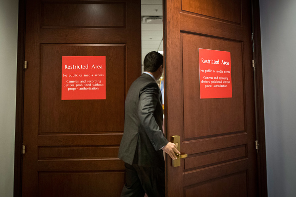 Drew Angerer「House Intelligence Committee Interviews Jared Kushner As Part Of Russia Probe」:写真・画像(19)[壁紙.com]