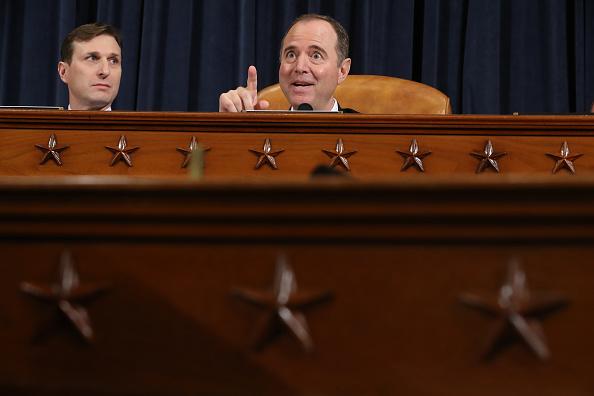 Daniel Gi「Amb. William Taylor And Deputy Assistant Secretary Of State George Kent Testify At Impeachment Hearing」:写真・画像(3)[壁紙.com]