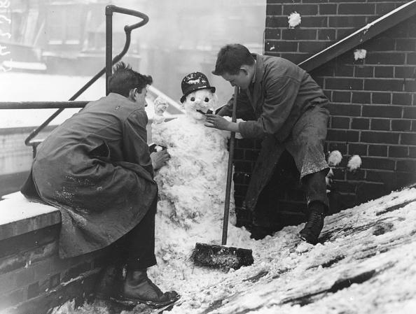 雪だるま「Snowman」:写真・画像(8)[壁紙.com]