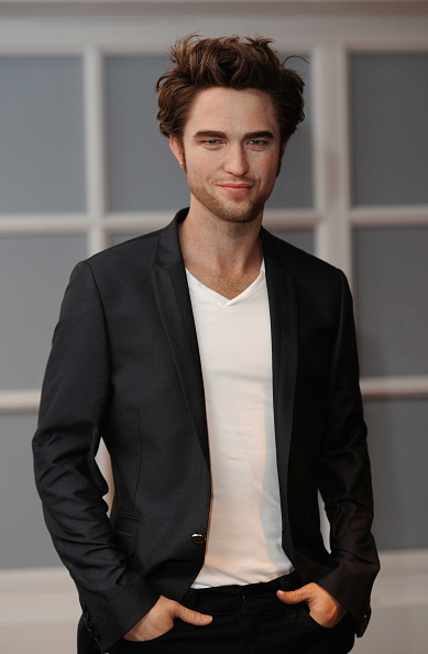 ロバート・パティンソン「Madame Tussauds Unveils Robert Pattinson Waxwork Figure」:写真・画像(3)[壁紙.com]