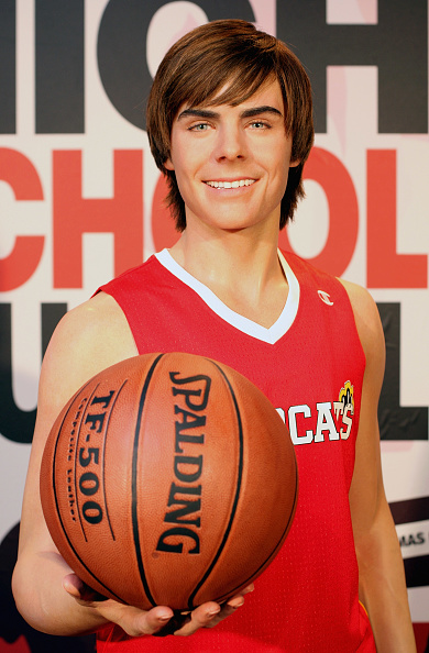 Wax Figure「Zac Efron - Waxwork Unveiling At Madame Tussauds」:写真・画像(8)[壁紙.com]