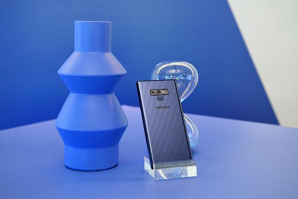 Bryan Bedder「After Unpacked Samsung 837 Celebration」:写真・画像(2)[壁紙.com]