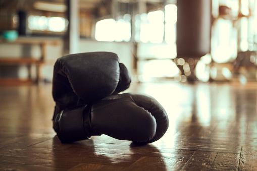 Boxing Ring「Boxing Gloves in gym」:スマホ壁紙(15)