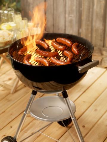 Hot Dog「Hotdogs on a Charcoal BBQ」:スマホ壁紙(8)