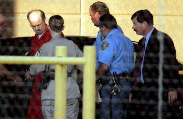 Murderer「BTK Killer Dennis Rader Begins His Life Sentence In Prison」:写真・画像(19)[壁紙.com]
