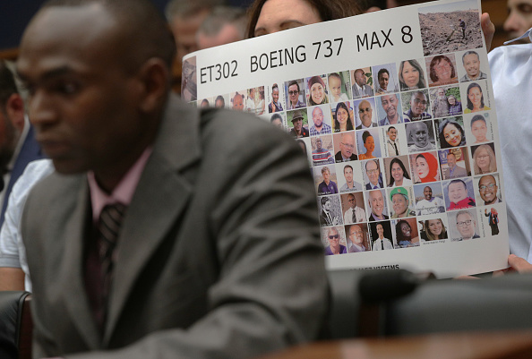 Alex Wong「House Holds A Hearing On Aviation Safety And Crash Of Ethiopian Airlines Flight」:写真・画像(3)[壁紙.com]