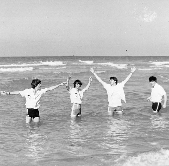 Singer「Beatles At Sea」:写真・画像(11)[壁紙.com]