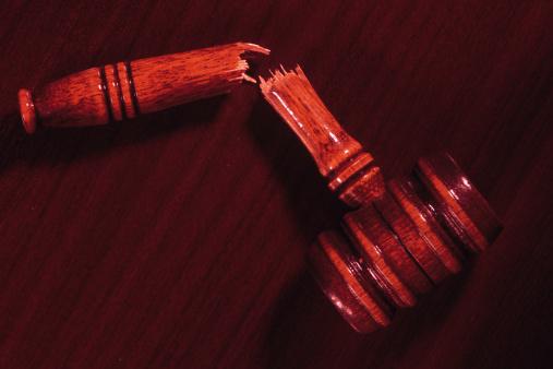 1990-1999「Broken gavel symbolic of failed legal system」:スマホ壁紙(15)