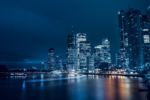 Queensland「Brisbane at night」:スマホ壁紙(1)
