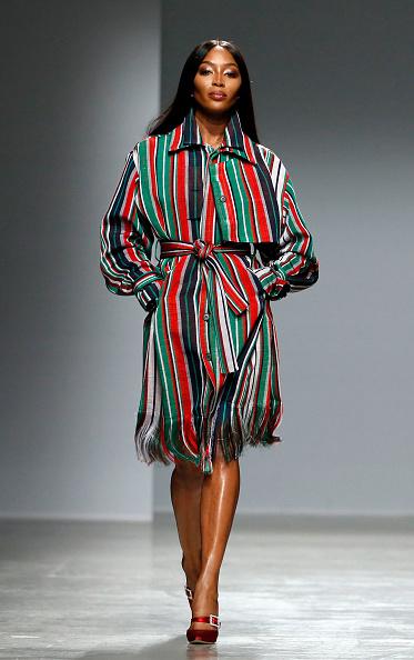 Striped Dress「Kenneth Ize : Runway - Paris Fashion Week Womenswear Fall/Winter 2020/2021」:写真・画像(1)[壁紙.com]
