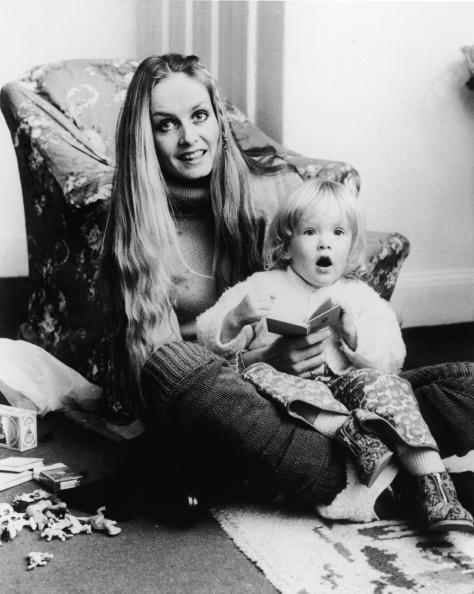 子供「Twiggy And Her Daughter」:写真・画像(17)[壁紙.com]