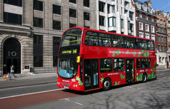 Bus「Environmentally Friendly Bus Launched」:写真・画像(4)[壁紙.com]