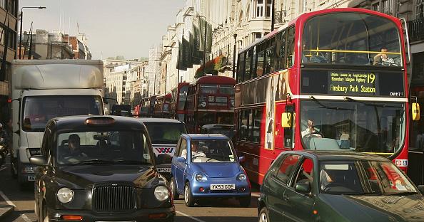 Traffic「Alternative Fuel Vehicle Sales Rise With The Petrol Price」:写真・画像(19)[壁紙.com]