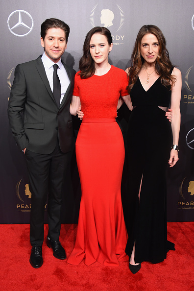 Michael Loccisano「The 77th Annual Peabody Awards Ceremony - Red Carpet」:写真・画像(8)[壁紙.com]
