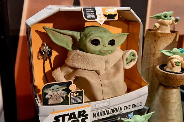 The Mandalorian - TV Show「STAR WARS New York Toy Fair Product Showcase: THE MANDALORIAN And STAR WARS: THE CLONE WARS」:写真・画像(10)[壁紙.com]