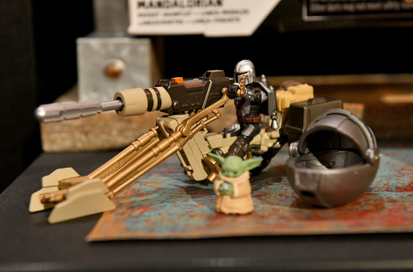 The Mandalorian - TV Show「STAR WARS New York Toy Fair Product Showcase: THE MANDALORIAN And STAR WARS: THE CLONE WARS」:写真・画像(4)[壁紙.com]