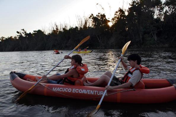イグアス川「Iguacu Falls A Finalist In New Seven Wonders Of Nature Contest」:写真・画像(7)[壁紙.com]