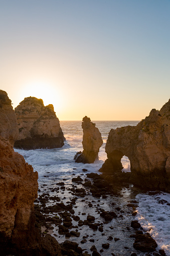 波「Ponta de Piedade coastline on the Algarve」:スマホ壁紙(13)