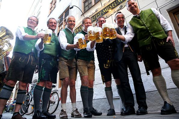 お祭り「Annual Oktoberfest Beer Tasting」:写真・画像(13)[壁紙.com]
