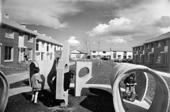 Road Marking「Play Area In New Town」:写真・画像(15)[壁紙.com]