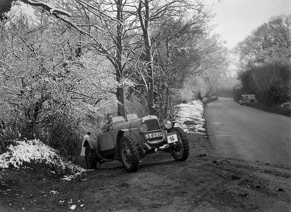 モータースポーツ「Alvis competing in a motoring trial, late 1930s」:写真・画像(6)[壁紙.com]