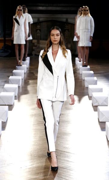 Black Shoe「Koonhor - Presentation - Mercedes-Benz Fashion Week Spring 2014」:写真・画像(3)[壁紙.com]