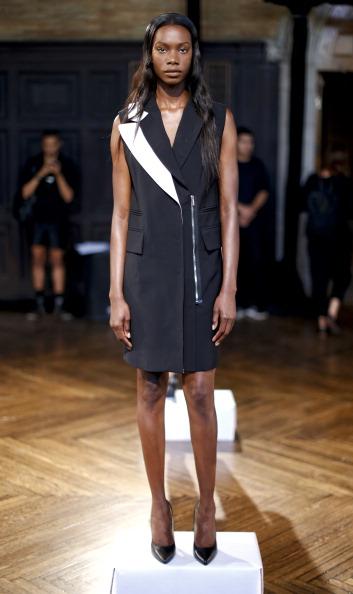 Black Shoe「Koonhor - Presentation - Mercedes-Benz Fashion Week Spring 2014」:写真・画像(17)[壁紙.com]