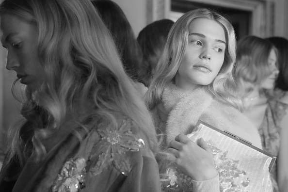 Beauty「Blumarine - Backstage - Milan Fashion Week Fall/Winter 2017/18」:写真・画像(9)[壁紙.com]