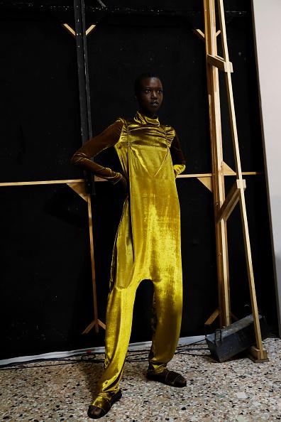 ファッション「Calcaterra - Backstage - Milan Fashion Week Spring/Summer 2018」:写真・画像(7)[壁紙.com]