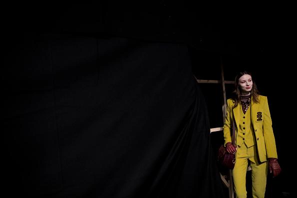 Tristan Fewings「Trussardi - Backstage - Milan Fashion Week Fall/Winter 2017/18」:写真・画像(6)[壁紙.com]