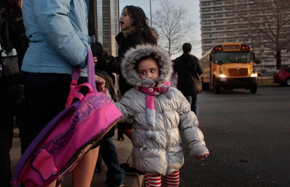School Bus「Active Duty And Recruits Work At New York City's Only Active Military Base」:写真・画像(7)[壁紙.com]