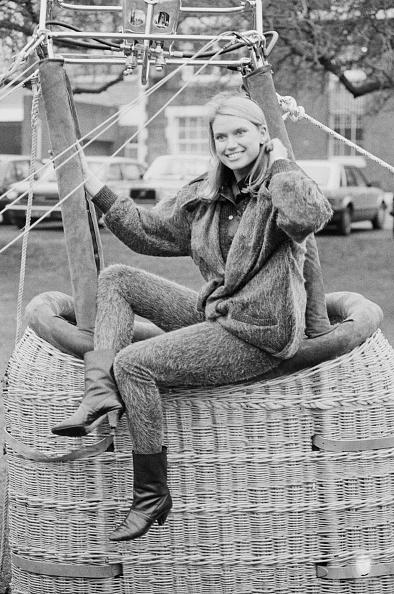 Larry Ellis Collection「Anneka Rice」:写真・画像(10)[壁紙.com]