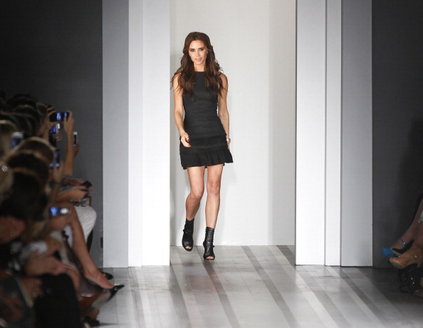 Black Color「Victoria Beckham - Presentation - Spring 2013 Mercedes-Benz Fashion Week」:写真・画像(1)[壁紙.com]
