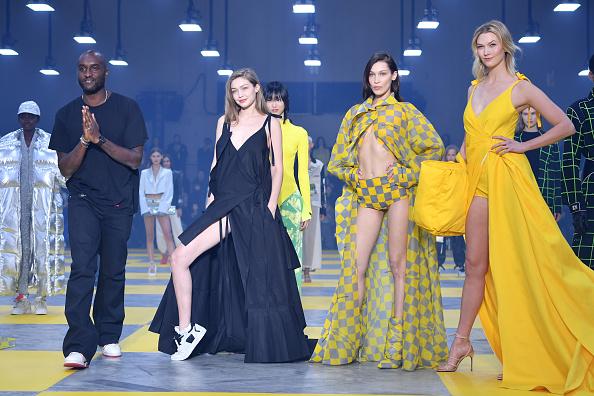 Karlie Kloss「Off-White : Runway - Paris Fashion Week Womenswear Fall/Winter 2019/2020」:写真・画像(13)[壁紙.com]