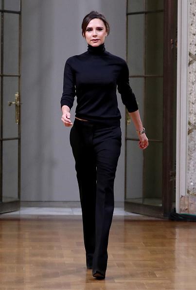 Turtleneck「Victoria Beckham - Runway - February 2018 - New York Fashion Week」:写真・画像(0)[壁紙.com]