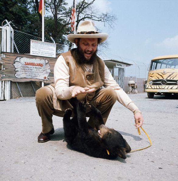Animals In Captivity「Ivan Rebroff」:写真・画像(15)[壁紙.com]
