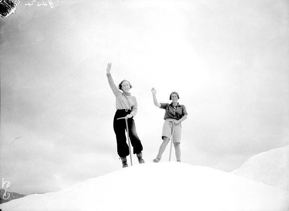 タスマン氷河「Glacier Guides」:写真・画像(1)[壁紙.com]