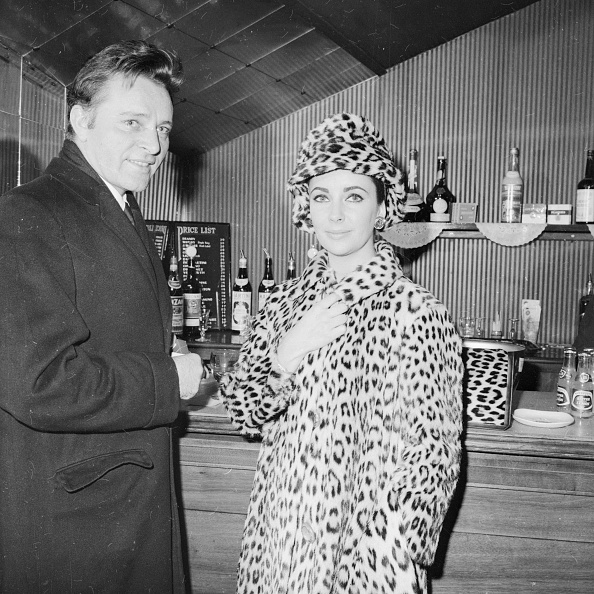 Coat - Garment「Quite A Couple」:写真・画像(14)[壁紙.com]