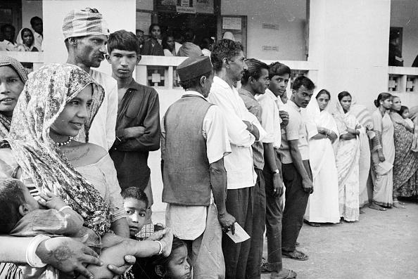 Waiting「Voters」:写真・画像(4)[壁紙.com]