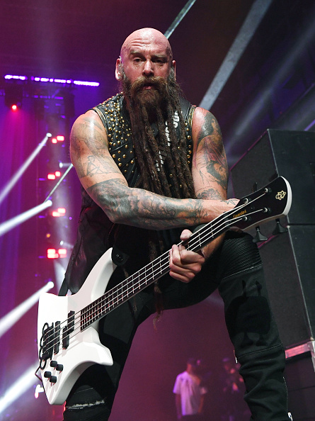Bass Guitar「Five Finger Death Punch Kick Off Fall 2019 Tour With Three Days Grace, Bad Wolves And Fire From The Gods」:写真・画像(9)[壁紙.com]
