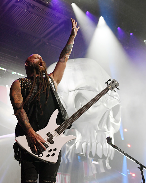 Bass Guitar「Five Finger Death Punch Kick Off Fall 2019 Tour With Three Days Grace, Bad Wolves And Fire From The Gods」:写真・画像(8)[壁紙.com]