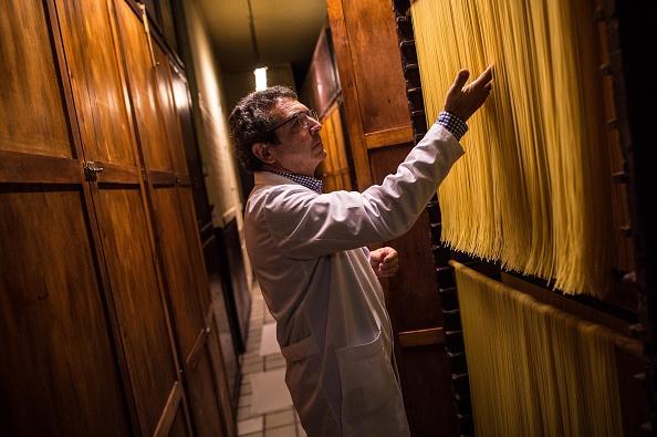 Drying「Sanmarti Family Manufacturers Pasta Since 1700」:写真・画像(3)[壁紙.com]
