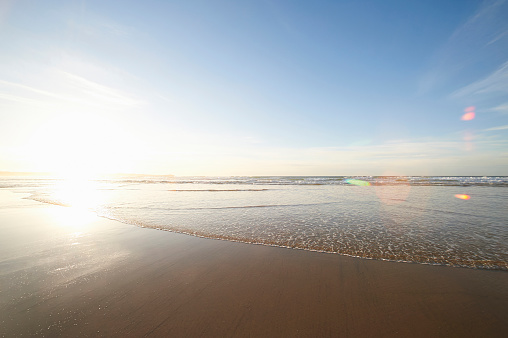 Shallow「Shallow waters on an Atlantic beach」:スマホ壁紙(15)