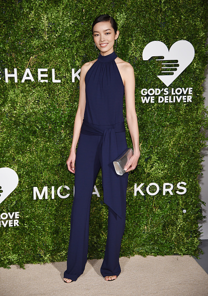 Halter Top「God's Love We Deliver, Golden Heart Awards - Arrivals」:写真・画像(3)[壁紙.com]