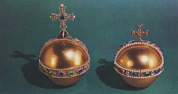 Sphere「The Sovereigns Orb And Queen Mary Iis Orb, 19」:写真・画像(1)[壁紙.com]