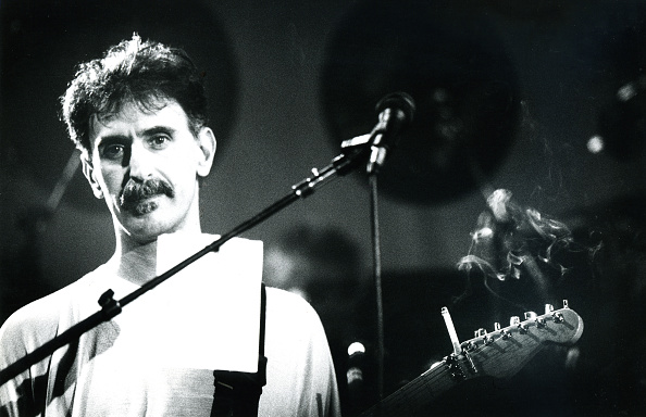 Invention「Frank Zappa」:写真・画像(7)[壁紙.com]