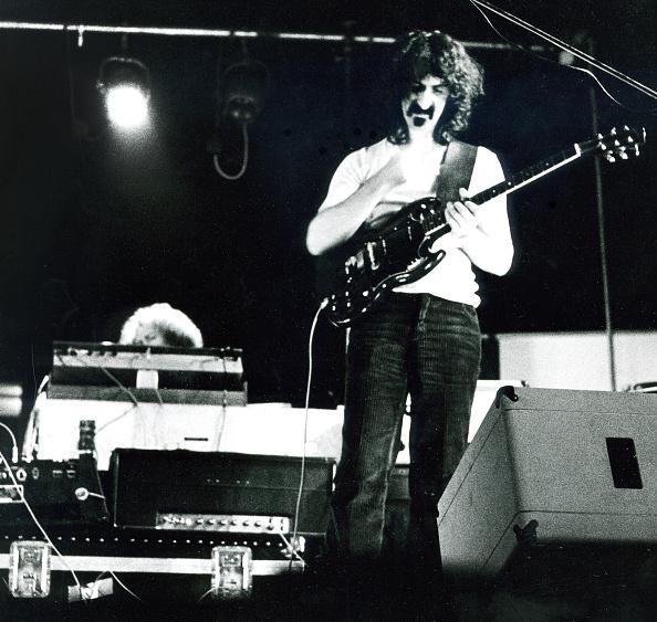 Invention「Frank Zappa」:写真・画像(16)[壁紙.com]