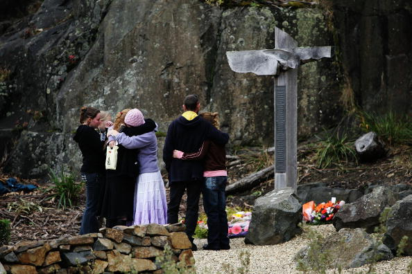 大量殺人「10th Anniversary Of Port Arthur Massacre」:写真・画像(14)[壁紙.com]